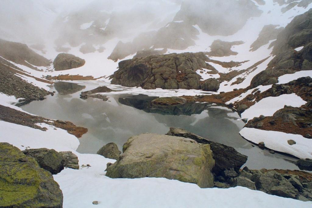 Lac Carnau, czerwiec, Pireneje