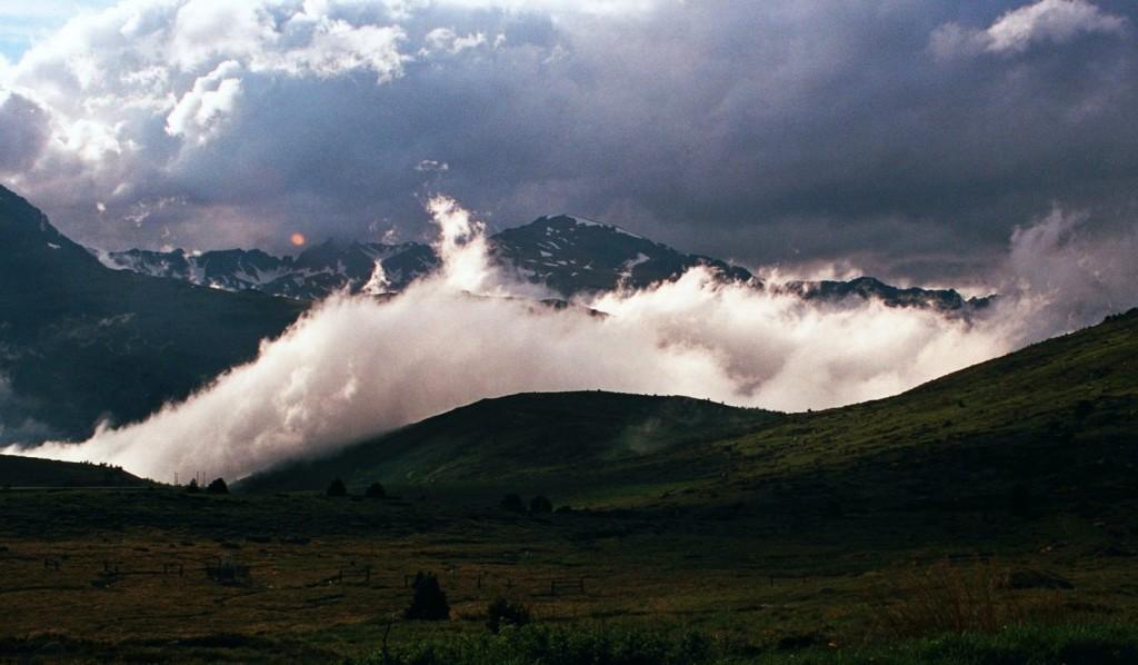 Chmura nad Hospitalet, Pireneje Wschodnie, czerwiec