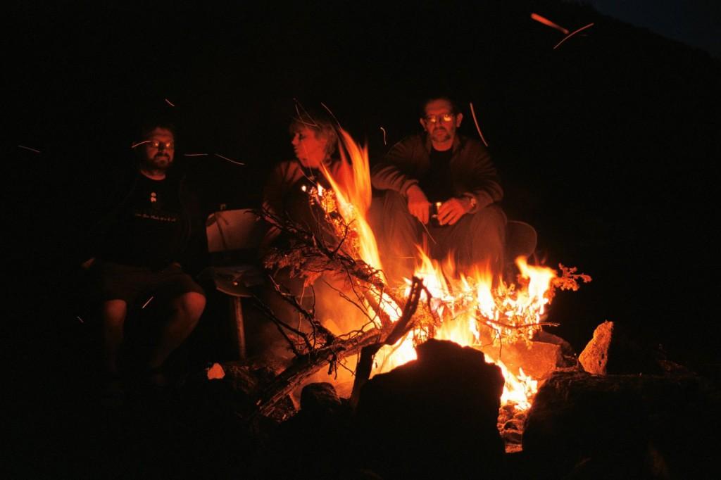 Pireneje, czerwiec, nie wszędzie rozpalanie ognisk jest dozwolone, tu było