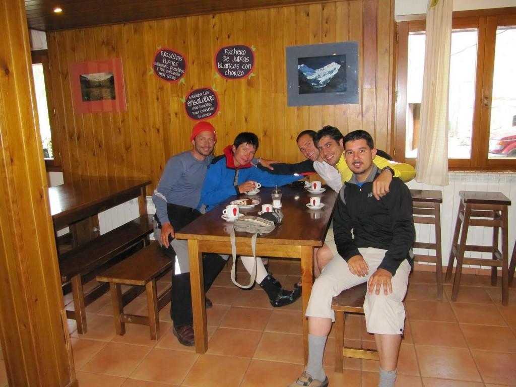 San Nicolas Bujaruelo, ja z grupą Hiszpanów, którzy po wypadku zabrali moje rzeczy i potem odebrali mnie ze szpitala