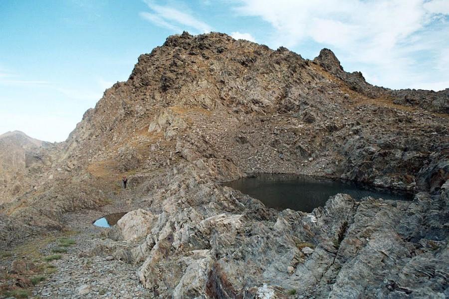 jeziorka na przełeczy pod Pic Hourgade