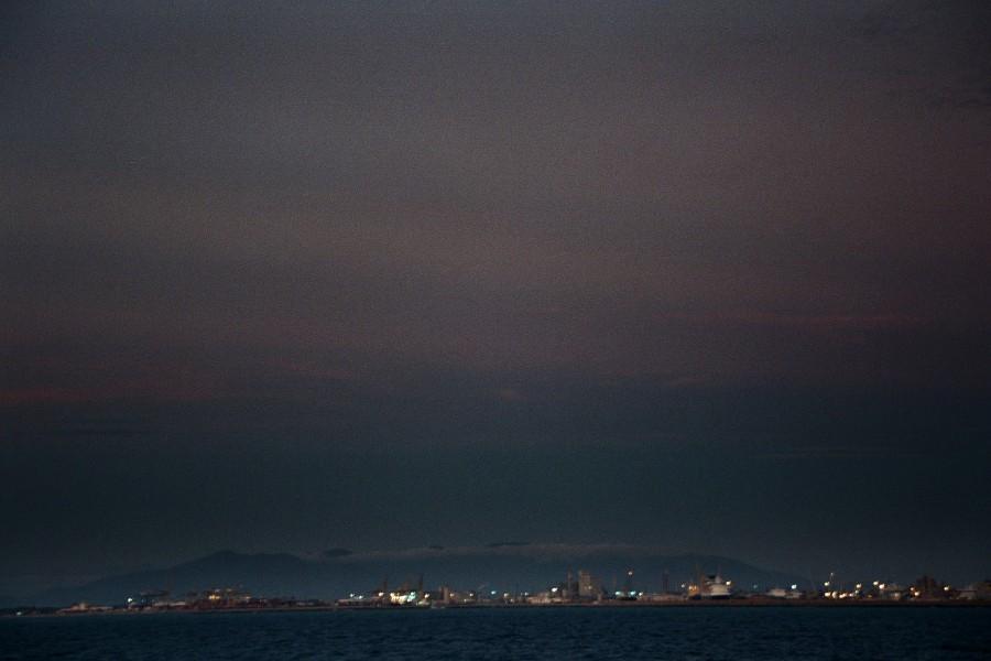 Apeniny ponad portem w Livorno