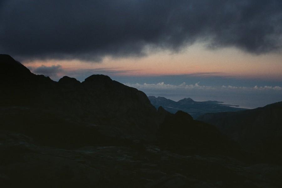 widok na północne wybrzeże i półwysep Calvi