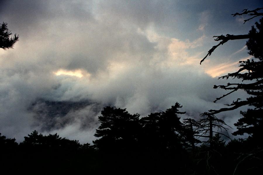 burza nad Monte Renoso