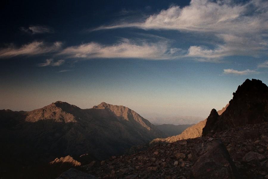 widok spod Monte Cinto na wschód