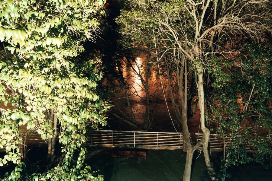 przerobione na park nabrzeża Ebro w samym centrum miasta