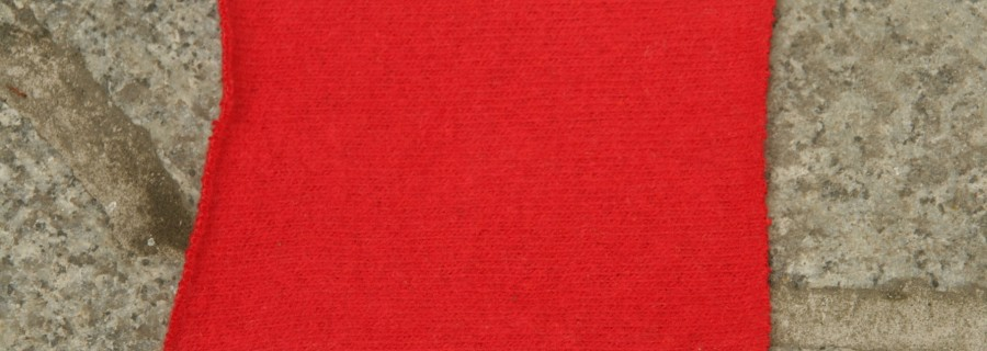 czerwony