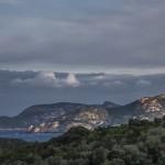 widok na zatokę, gdzie leży Galeria, Korsyka, styczeń
