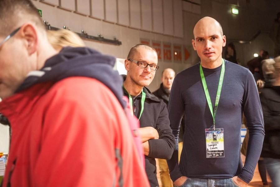 Łukasz Supergan ( w nowej wełnianej koszulce) i Piotr Strzeżysz w 80000