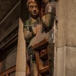 Perpignan-ceramiczne-dekoracje-na-kamienicach-niedaleko-dworca