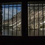 okno w schronie Montmalus