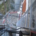 schody do sali zimowej schroniska Remondino, fot Jose Antonio de la Fuente