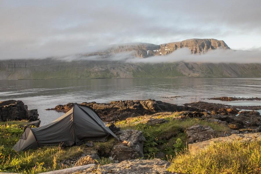 Islandia- mój awaryjny biwak nad oceanem- złapał mnie przypływ